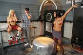 Alexis Ford & Rachel Starr - Rachels Slutty Secrets (hardcore)