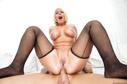 Bootylicious-MILF-Melanie-Monroe-in-nylons-enjoys-hard-oily-anal-banging-u4tsbfeu7h.jpg